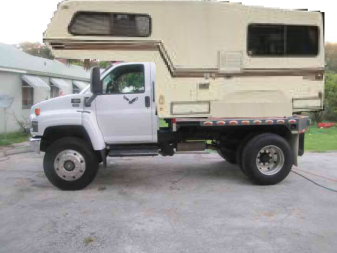 2006-gmc-5500-medium-duty-4x4-diesel-flatbed-221811332983-0